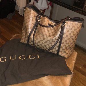 Patent Gucci Tote